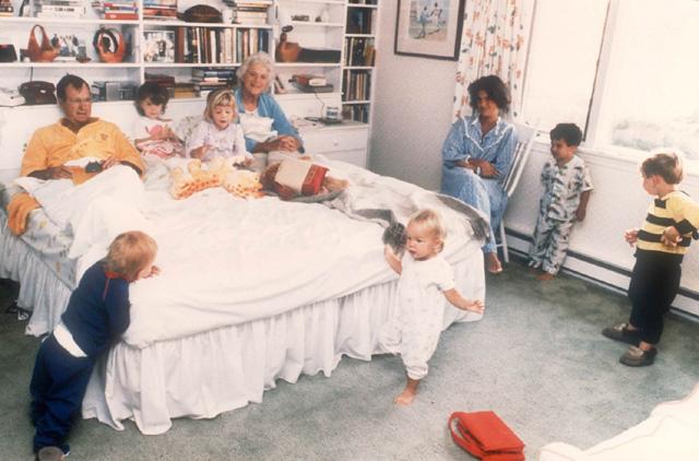 SBT 6: la pedofilia de George H. W. Bush y las orgías de Bill, Hillary y Chelsea Clinton