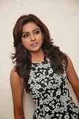 Vithika sheru latest glam pics-thumbnail-9