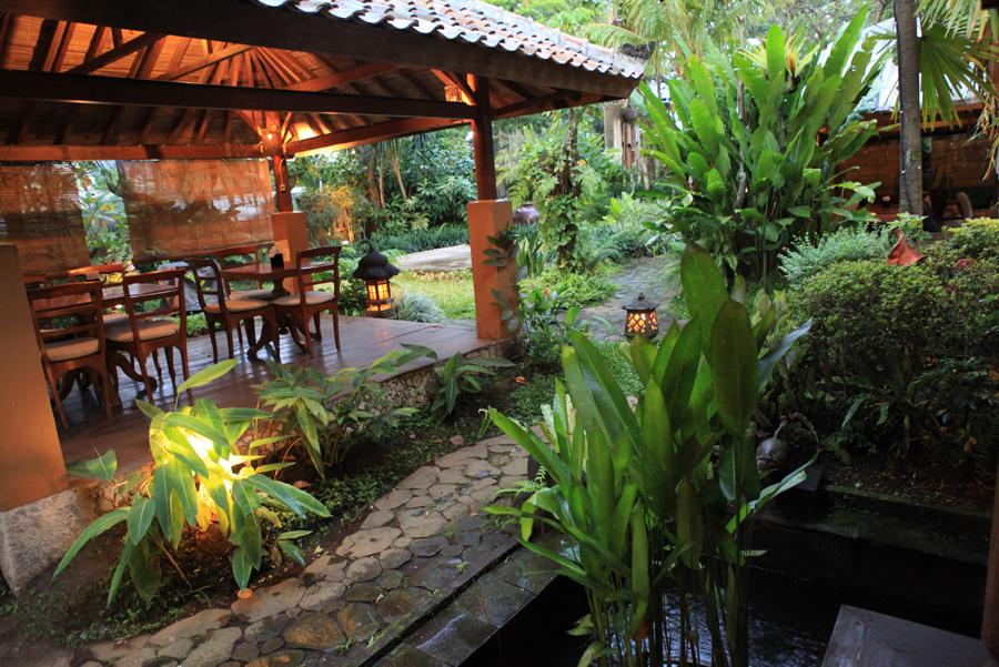 New Ilalang Café (Bandung) | Jakarta100bars Nightlife ...