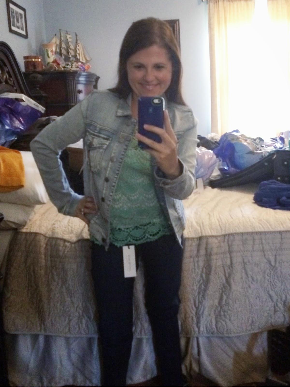 #Stitchfix Just Black Jimmy Ankle Length Skinny Jean Kut from the Kloth Anusha Sweet Wash Denim Jacket