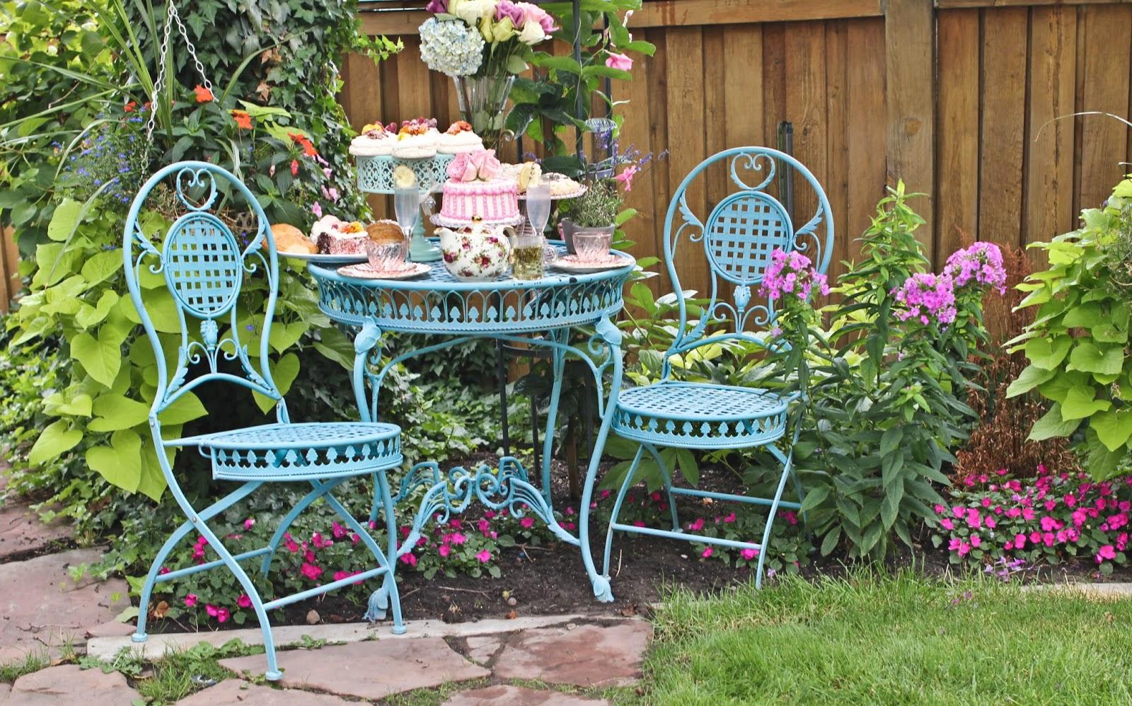 a little cuppa tea english garden tea party. Black Bedroom Furniture Sets. Home Design Ideas
