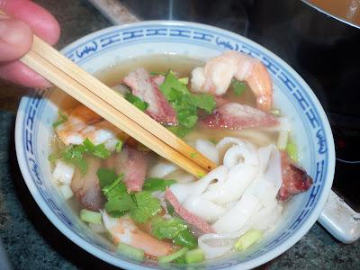 Le canard du m kong comment faire des p tes de riz - Comment cuisiner des cuisses de canard fraiches ...