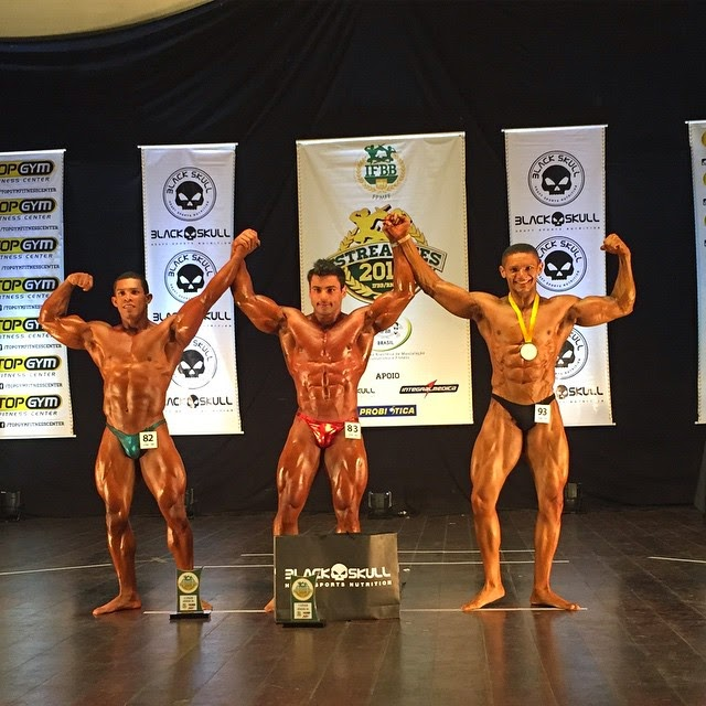 William Soares no pódio do Campeonato Estreantes 2015 da IFBB-RN. Foto: IFBB-RN