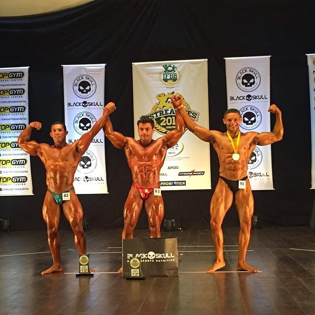 William Soares no pódio do Campeonato Estreantes 2015 da IFBB-RN. Foto: IFBB-RN