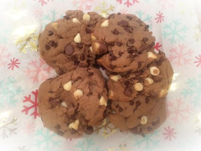 Triple chocolate hot chocolate cookies