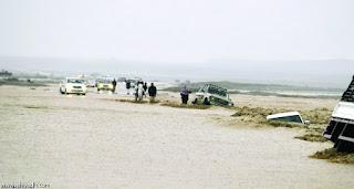 """مديرية الدفاع المدني بمنطقة تبوك , تنقذ 23 شخصاً ، في حي """" دمج """" الذي تضرر من سيول وادي البقار"""
