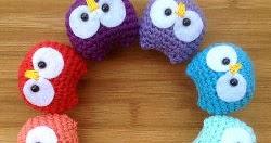 2000 Free Amigurumi Patterns: Baby Owl Ornaments Amigurumi ...