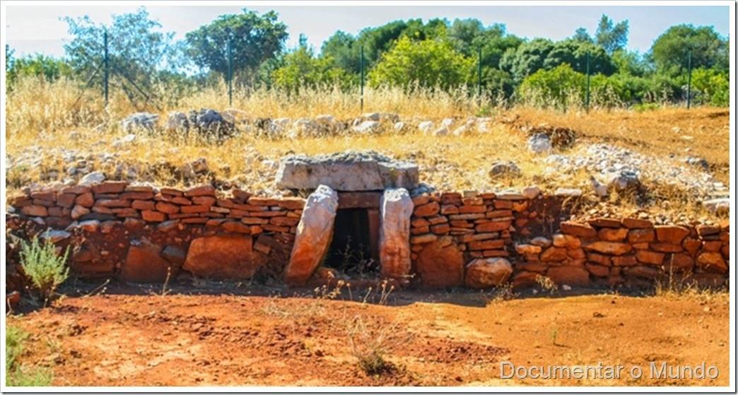 Monumento nº 9; Monumentos Megalíticos de Alcalar; Férias no Algarve