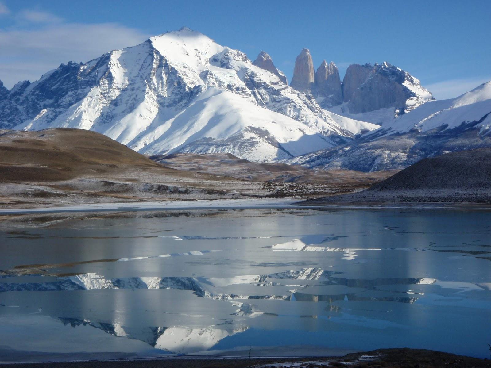 http://2.bp.blogspot.com/-1kXAGwihy4U/UCafsFjuvfI/AAAAAAAAErw/8qKOfCCohBU/s1600/torres-del-paine-chile-p.jpg