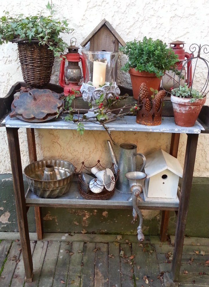 shabby house and garden goldener herbst im garten. Black Bedroom Furniture Sets. Home Design Ideas