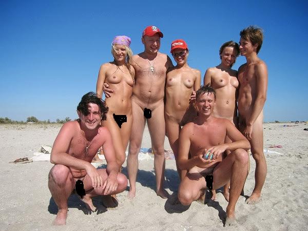 Strippin hot nud bod gif