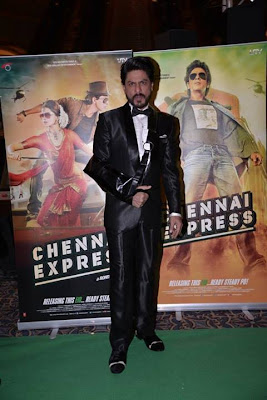 SRK and Deepika promote Chennai Express at IIFA 2013