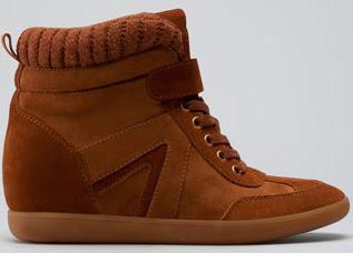 sneakers con cuña Bershka