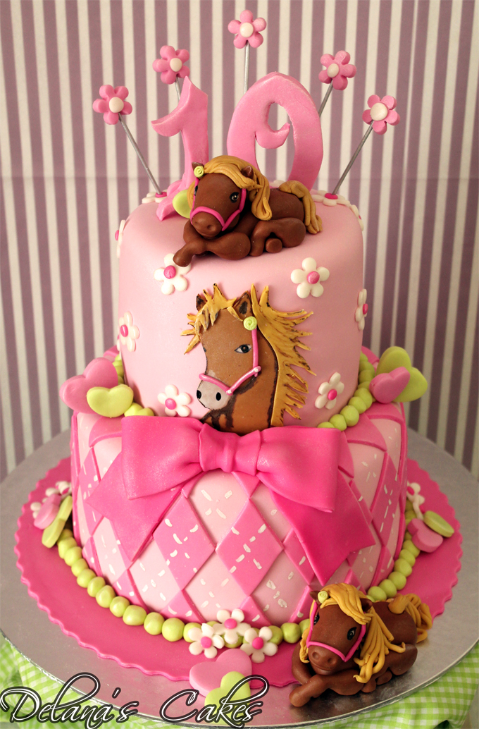 Delanas Cakes All The Pretty Horses Cake