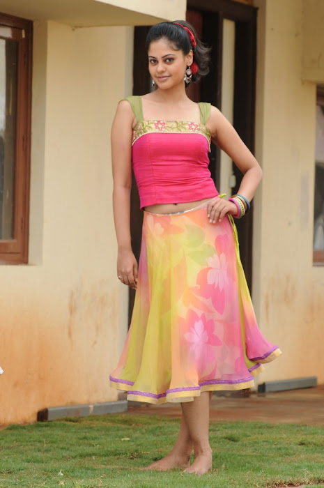 bindhu madhavi , bindhu madhavi latest photos