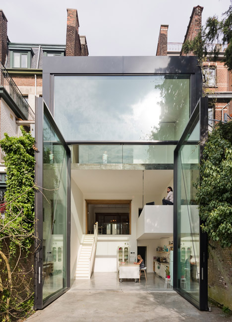 Porta finestra pi grande al mondo per casa lalo ad anversa by sculp it arc art blog by - Mondo casa shop ...