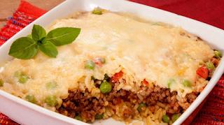 Gratinado de arroz com carne moída light