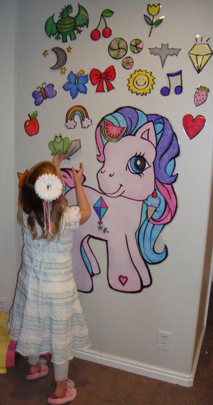 http://doodlecraft.blogspot.com/2011/05/fabulous-my-little-pony-party.html