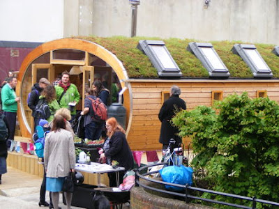 Shedworking bost ecohouse for Gardening volunteering london