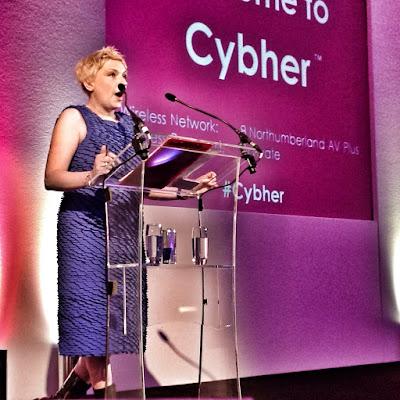 Siân opens Cybher 2013