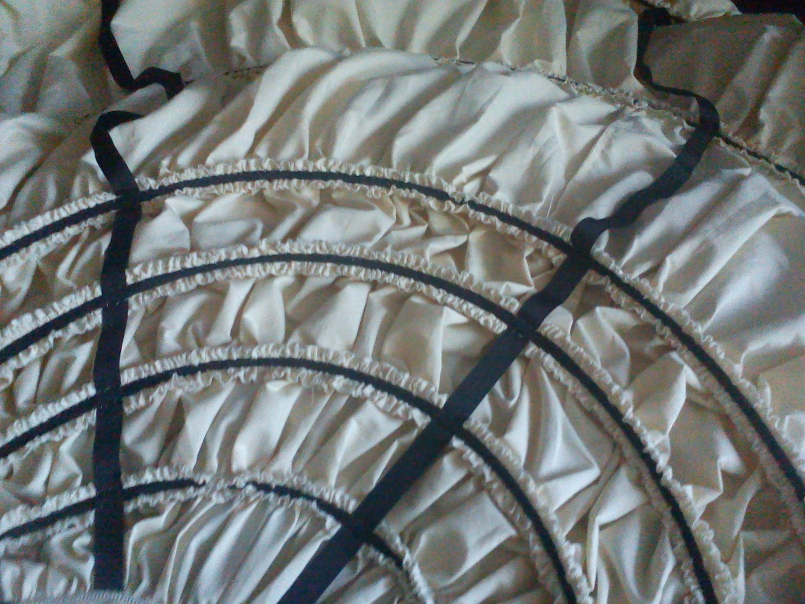 fliegende f chse anleitung gro er krinolinenreifrock um 1860. Black Bedroom Furniture Sets. Home Design Ideas