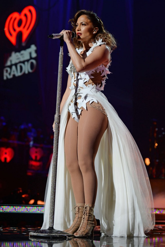 Jennifer Lopez – iHeartRadio Fiesta Latina in Miami