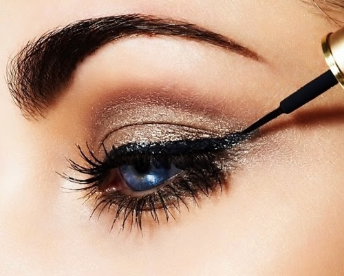 http://funkidos.com/fashion-style/makeup-styles/how-to-apply-liquid-eyeliner
