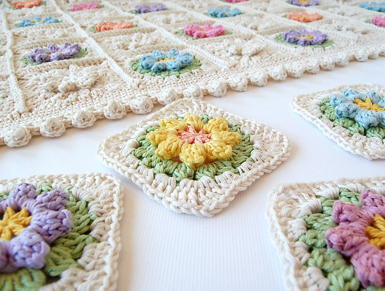 Crochet Granny Stitch : Primavera Flowers Granny Square Tutorial