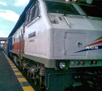 Telat Kereta