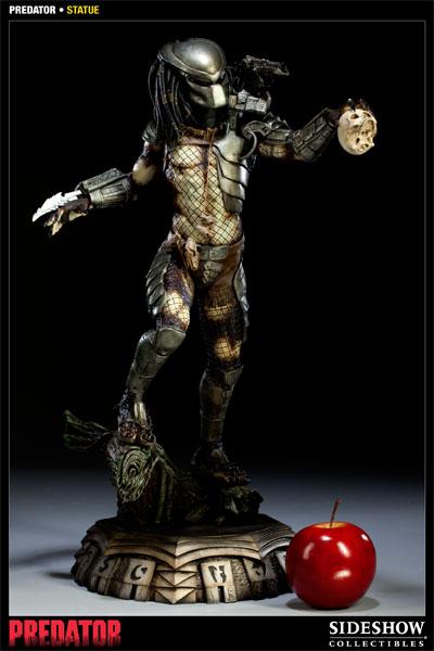[Bild: sideshow_collectibles_predator_statue.jpg]