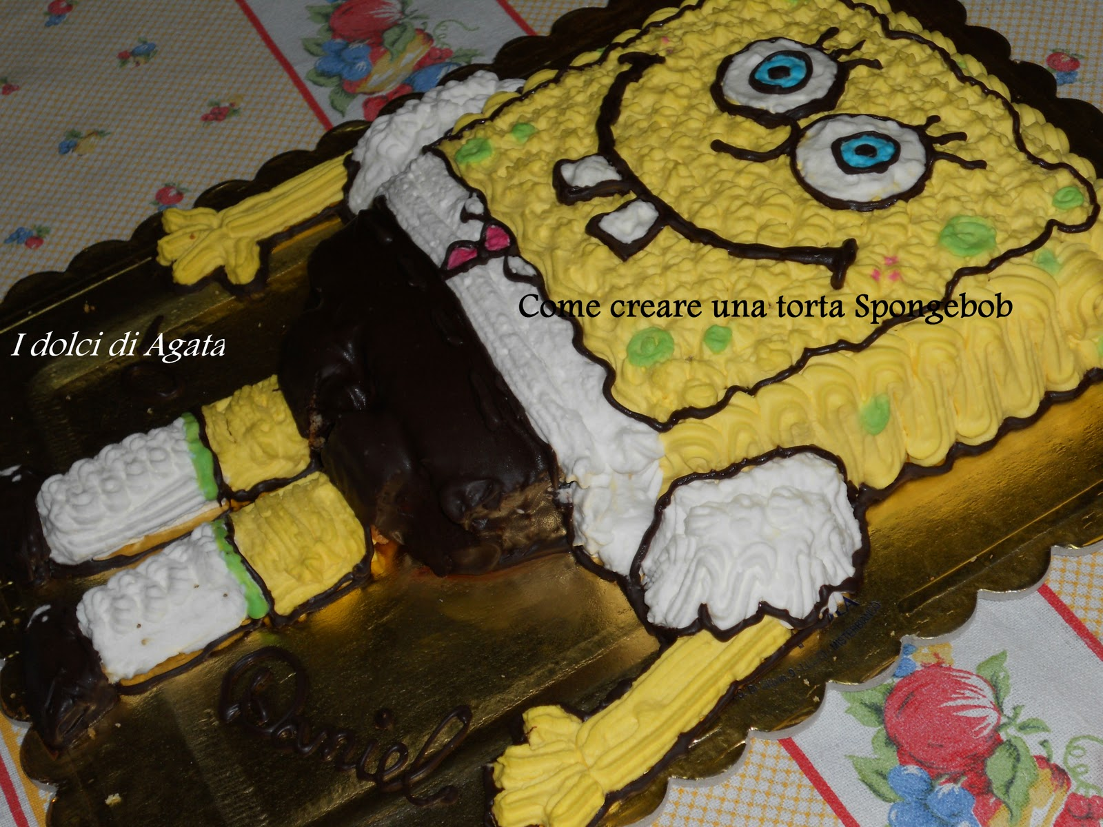 http://2.bp.blogspot.com/-1o0KJRh-mGg/To12WMlOQKI/AAAAAAAABGM/L6wdSWfoueI/s1600/Torta+spongebob+7.jpg