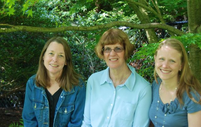 Garden bloggers from three corners of Pennsylvania: from left, Carolyn, Pam and Julie - that's me :)