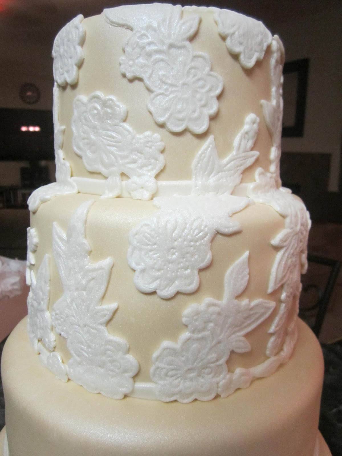 Mymonicakes Elegant Beige Wedding Cake With Lace Accents