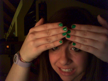Green Nails Is Me!