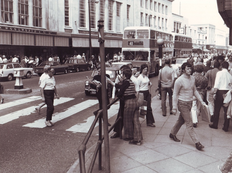 Commercial Road 1972