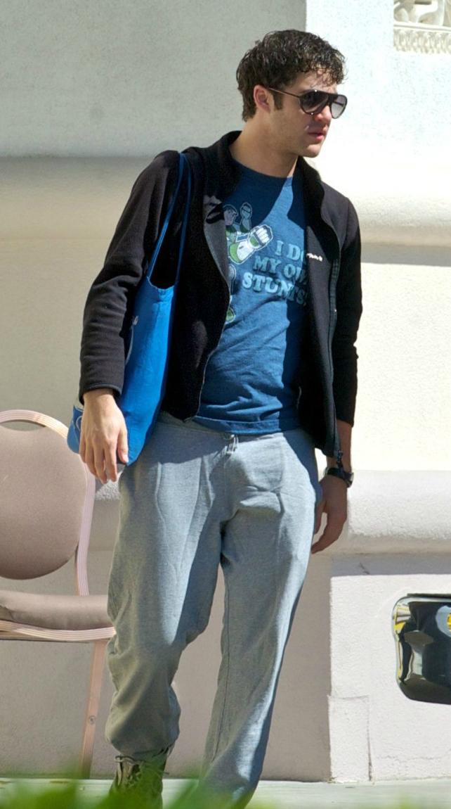BoysNxHot: Darren Criss y su bultoo!