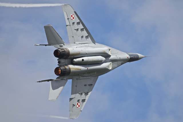 Polish Mig-29 Sharp Turn