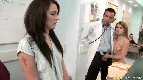 Video 3GP Pasien Cantik Pengen di Entot - Da Lexi Belle pussy fucked