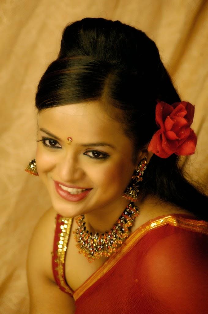 Tanu Roy Hot Red Transparent Saree Pictures | Tanu Roy ...