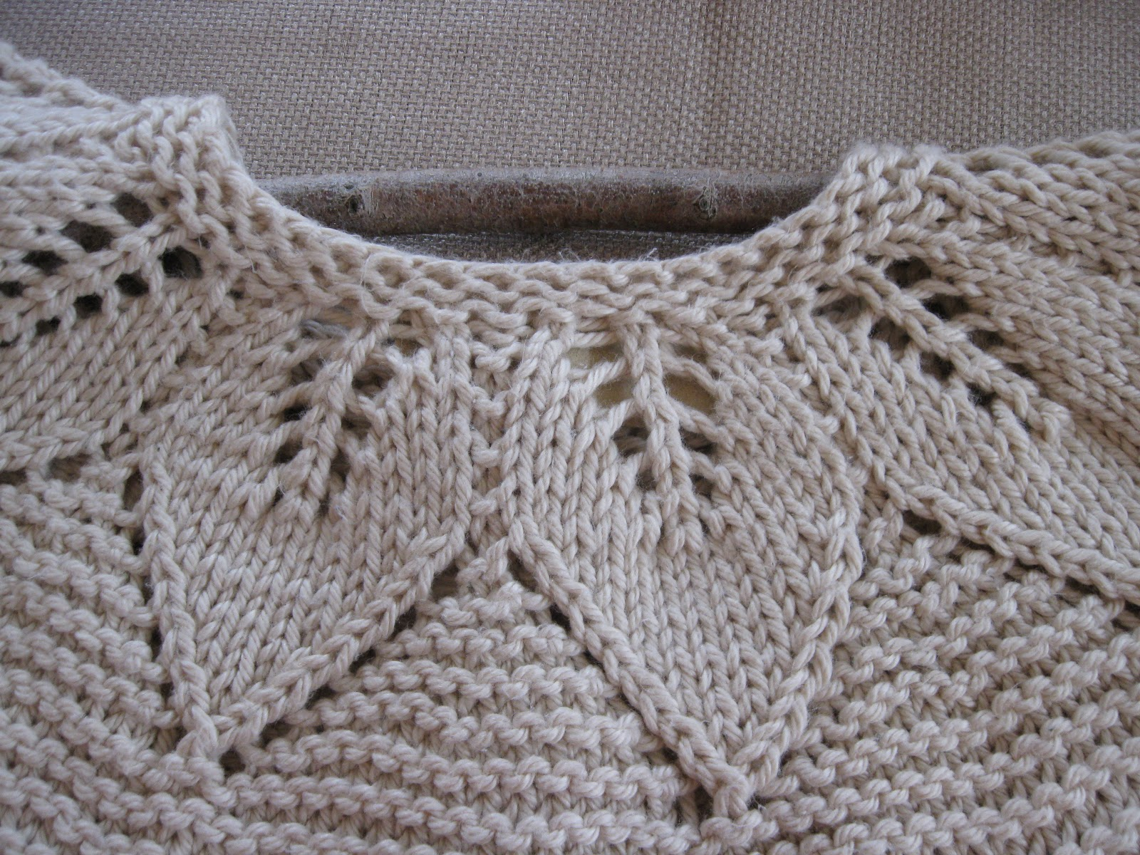 How To Knit A Leaf Pattern : Of Wool and Loveliness: DIY Crystal Chandelier and a Lacy Leaf Baby Sweater