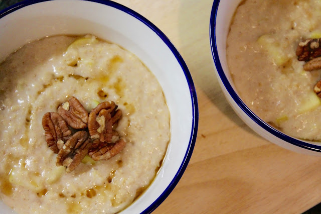 Apple Cinnamon Porridge Recipe - Eat Yourself Smart