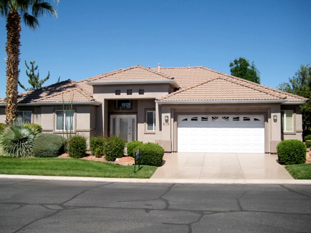 Beautiful 3 bedroom two bathroom home provided by ERA in St. George.