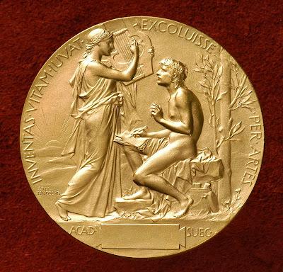 Verso da Medalha entre aos vencedores do Prémio Nobel da Literatura.