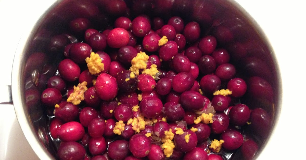 Can Dogs Have Cranberry Sauce