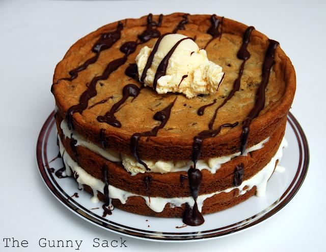 ... Week Munchies: Chocolate Chip Cookie & Ice Cream Cake - The Gunny Sack