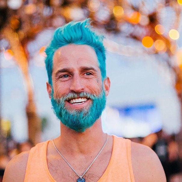 cabelo masculino colorido