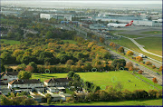 Guide to Spot London Heathrow AirportMyrtle Avenue Grass Area. (stflighta lhr )