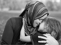 Sebab-Sebab Kemuliaan Seorang Ibu