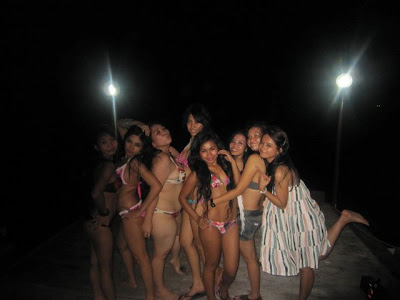 Foto Hot Gadis Massa Kini Pesta Bikini Sampai Pagi