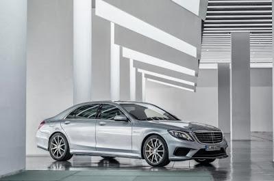 2014+Mercedes-Benz+S65+AMG.jpg (700×464)
